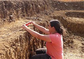 Relevés stratigraphiques © A. Quiquerez, Univ. Bourgogne, UMR ARTEHIS
